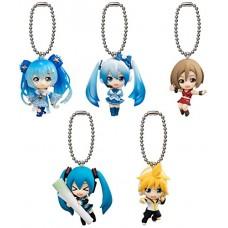 01-11006  vocaloid Hatsune Miku Winter Edition Mini Figure Swing /  Mascot  Key Chain 300y